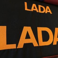 Машинная вышивка на одежде логотипов и фирменной символики в Липецке.